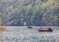 Najam Drvenih čamaca Na Jezeru Kozjak02