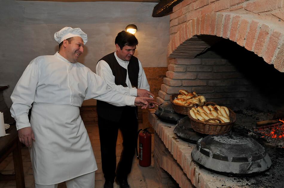 Tradicijska Kuhinja, Izvor: Arhiva TZG Slavonskog Broda